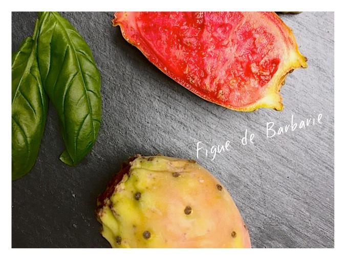 Figue de Barbarie, pour un coulis de panna cotta. Un dessert bon et simple.