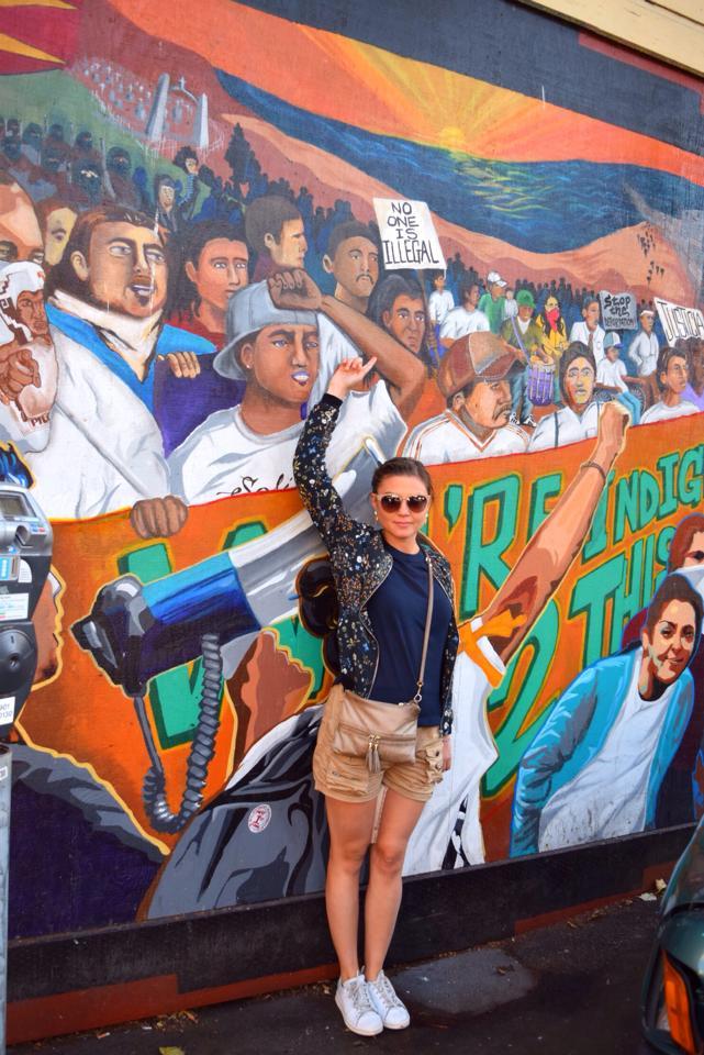 Street art sur l'immigration à San Francisco